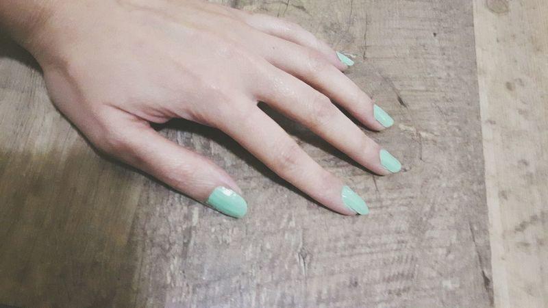 Nails Nail Polish Close-up Human Finger Human Body Part Nails <3 Green Color Wood Floor Human Hand Fingernail