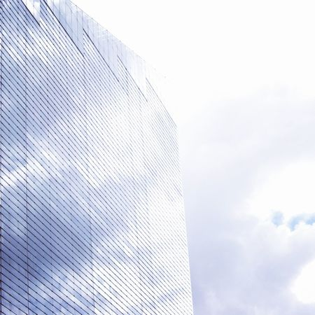 Shine Bright Like A Diamond  Cityscapes Shinning Bright In The Sun Cloudy Day Low Angle View Looking To The Sky Windows Reflection Architecture Summers Day Office Building Building Manchester City England City Sky Modern