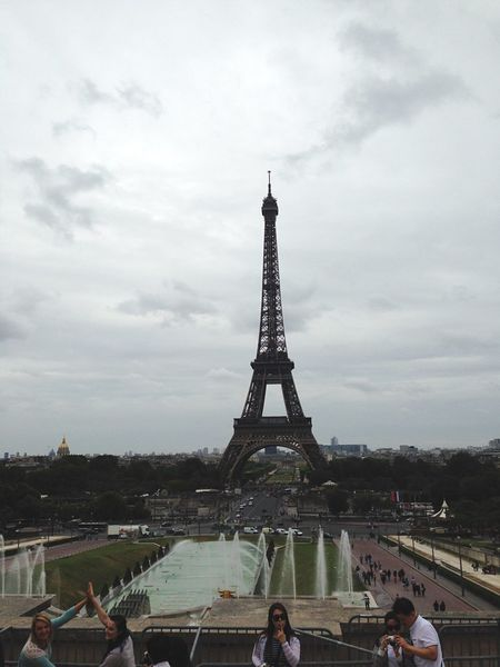 Tourism Famous Place Eiffel Tower Paris 🇫🇷 Tower EyeEm Best Shots EyeEm Gallery EyeEm Best Edits Eyeemphoto Paris Je T Aime Parisjetaime Iphoneonly