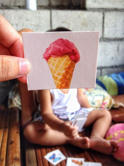 Thursday morning.. // Play Eyeem Philippines Kid Baby Sitting Ice Cream Mobilephotography EyeemPhilippines Oneshot Day Childhood Focus Indoors  One Person Human Hand Check This Out (null)Nahh  Rethink Things