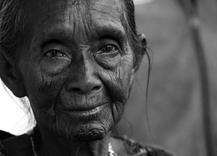Native Old Lady Peru Woman Adult Close-up Culture Elderly Front View Headshot Human Face One Person Portrait Real People Senior Adult Wrinkled The Traveler - 2018 EyeEm Awards The Portraitist - 2018 EyeEm Awards