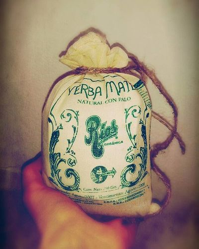 Коллега подарила мне офигенный чай матэ Наслаждаюсь...! 😽🍁😺