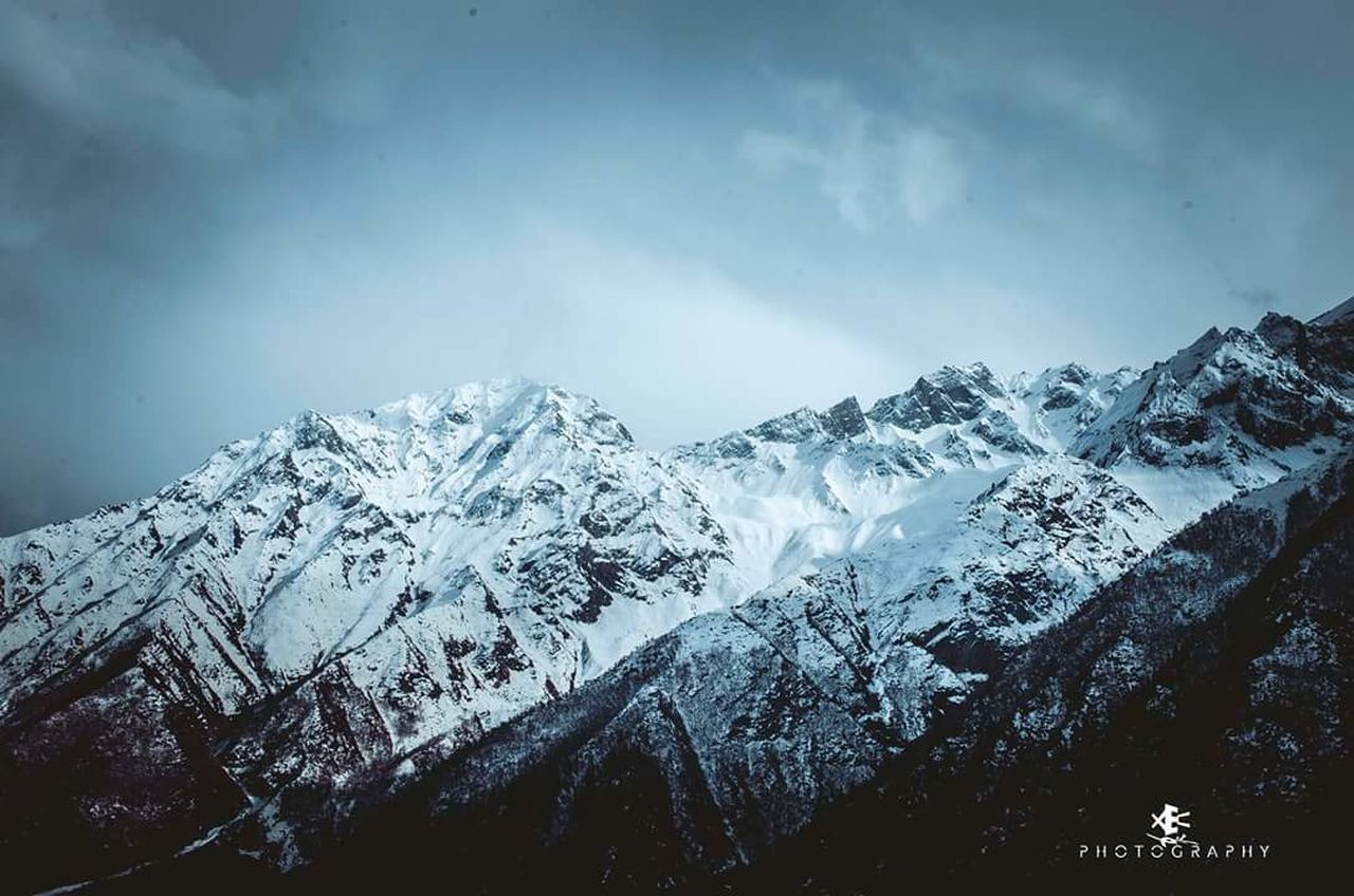 snow, cold temperature, winter, mountain, weather, nature, beauty in nature, snowcapped mountain, scenics, mountain range, tranquil scene, majestic, tranquility, frozen, no people, landscape, outdoors, sky, day, wilderness area, tree, range