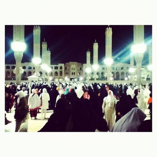 Sea of people ? Madinah Masjid Nabawi Travel