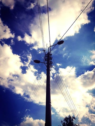 159. Sky Cloud - Sky Low Angle View Tree No People Nature EyeEm Gallery Wolken Himmel Landschaft Dramatic Sky Sad Loneliness Spaziergang Streetphotography Stromleitung Wolkenbilder Bäume Dramatic Landscape Dramatischer Himmel Beauty In Nature Outdoors Power Line  Energy EyeEm Nature Lover