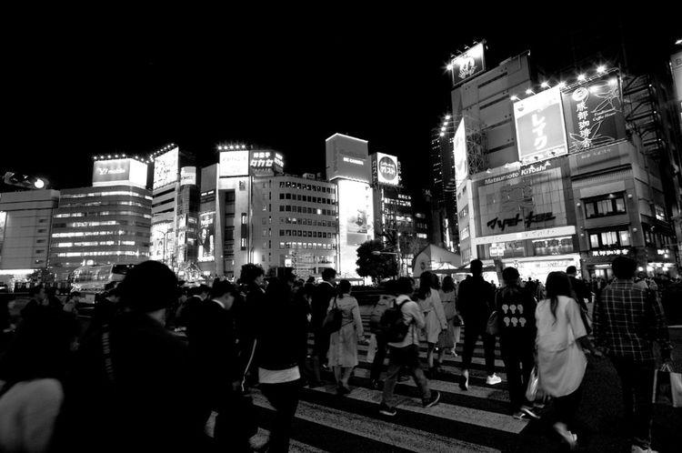 池袋駅前交差点 池袋 池袋駅 City Illuminated Neon Nightlife Cityscape Arts Culture And Entertainment City Life