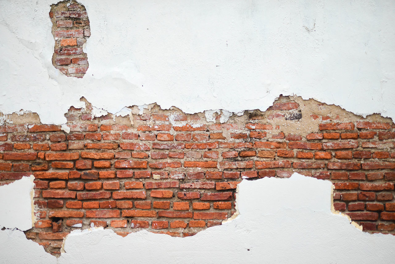 brick, brick wall, wall - building feature, wall, architecture, built structure, no people, weathered, white color, day, building exterior, old, damaged, textured, deterioration, decline, red, outdoors, pattern, bad condition