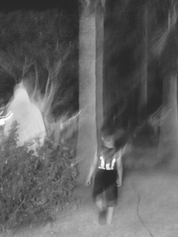 Blackandwhite Black & White Black And White Black&white Blackandwhite Photography Black & White Photography Outdoors Like A Ghost Memories ❤ Family❤ FAMILIA♥