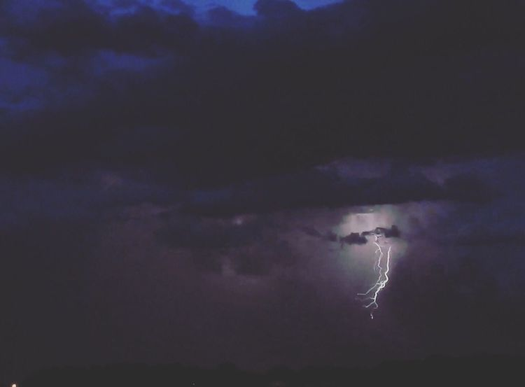 Sky Cloud - Sky Lightning Night Danger Nature Scenics Beauty In Nature Thunderstorm Power In Nature Outdoors