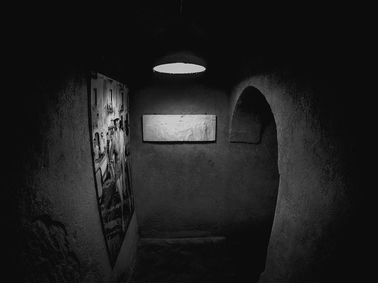 Photographic exhibition in Sorrento Bw Lover Bw Photography Bw Passion Photos Photography Exhibition Indoors  Architecture Real People One Person Built Structure Lifestyles