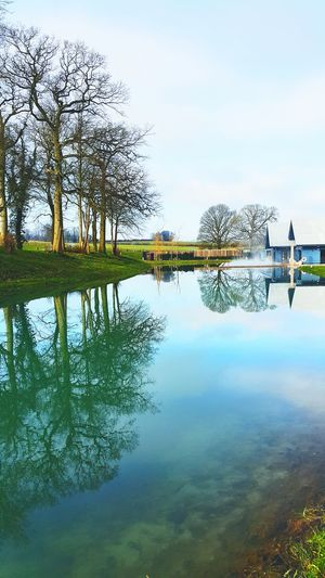 Sohohouse Soho Farmhouse Oxfordshire Chippin Norton Great Tew Country Retreat Outdoor Swimming Pool Reflection_collection Reflections Mirror Reflection