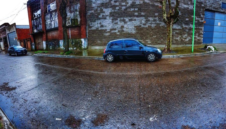 nos vemos Water Land Vehicle Car Road Architecture Vehicle Rainy Season Windscreen Street Scene Stationary RainDrop Racecar Parking