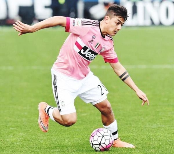 Dybala La Joya Juventus Jeep Adidas Calcioitaliano Calcio Forzajuve BestEyeemShots Picoftheday