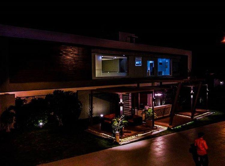 Tb GREENLEAFCLUB Lights Xiaomimi4 _soi Streetphotographyindia Indianphotography Firstlookindia Ig_india Instagram_rajkot Mysimpleclick Ipclub Pixelpanda_india Phodus_competition _indiasb