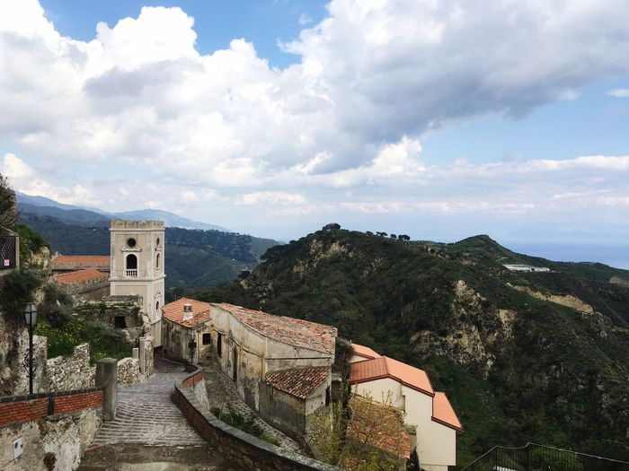Savoca Cloud - Sky Sky Architecture Building Exterior Built Structure Mountain Building High Angle View Plant Nature Residential District Travel Beauty In Nature Adventures In The City EyeEmNewHere