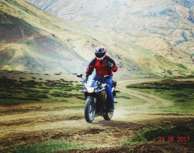 Motorcycle Riding Adventure Helmet Land Vehicle Motorsport Extreme Sports Shoeihelmets Hondacbr250r Spitivalley Spiti Valley India Tashigangvillage Traveller Ridemode