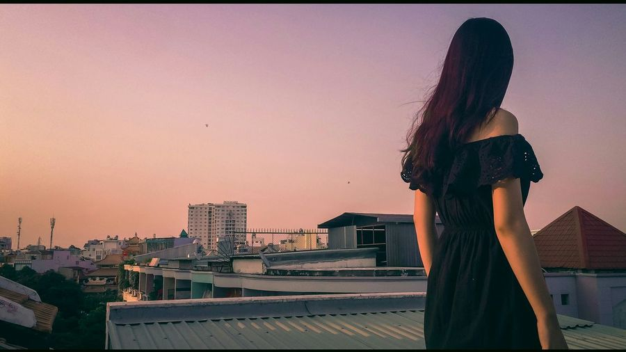Dream Eyeem Photography EyeEm Eyeemphotography EyeEm Gallery EyeEm Best Edits EyeEm Best Shots Capture The Moment Young Women Beautiful Asian Girl Girl Youth Capturing Life Peaceful Pink Purple Sunset Twilight Safeandsound IPhoneography Rooftop IPhone IPhone Photography Showcase June