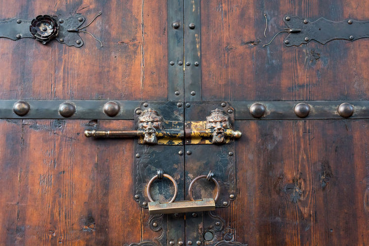 chinese old door Bronze Chinese Food Backgrounds Brown Chinese Door Chinese Door Knocker Close-up Closed Day Door Entrance Full Frame Latch Lock Metal No People Old Pattern Protection Rusty Safety Security Wood - Material