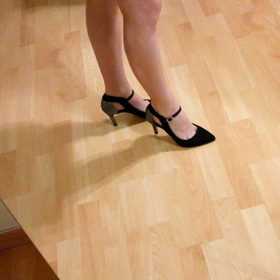 Tango Tango Shoes Tango Argentino Dancing Floor Dancing Shoes Woman Legs BLACK HIGH HEELS EyeEm Selects Human Body Part Human Leg Hardwood Floor Leg One Woman Only One Person Adult Young Adult High Heels