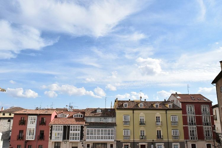 LIVING LIFE AND THEN UP TO SKY Resident House Blue Sky CaminodeSantiago What Does Peace Look Like To You? The Purist (no Edit, No Filter) at Burgos ,Spain