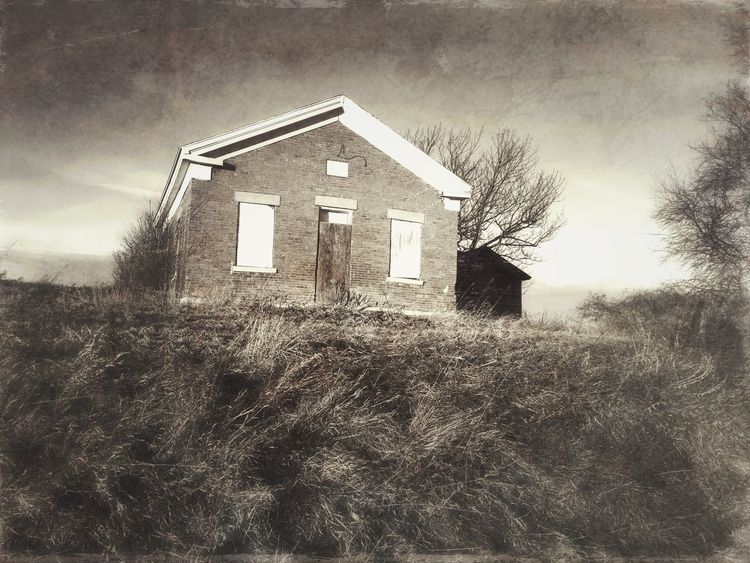 School Days Gone By Abandoned Schoolhouse Oldschoolhouse Rural America Melancholic Landscapes Black And White Stackablesapp