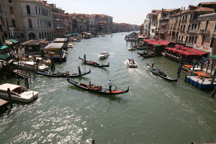 Adult Adults Only Architecture Building Exterior Canal City Cultures Day Gondola - Traditional Boat Gondolier High Angle View Large Group Of People Nautical Vessel Outdoors People Tourism Tourist Transportation Travel Travel Destinations Vacations