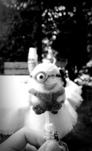 Minions ♥♥ Lollipop Missing Eye Smile ✌ Blackandwhite Relaxing Htconem8