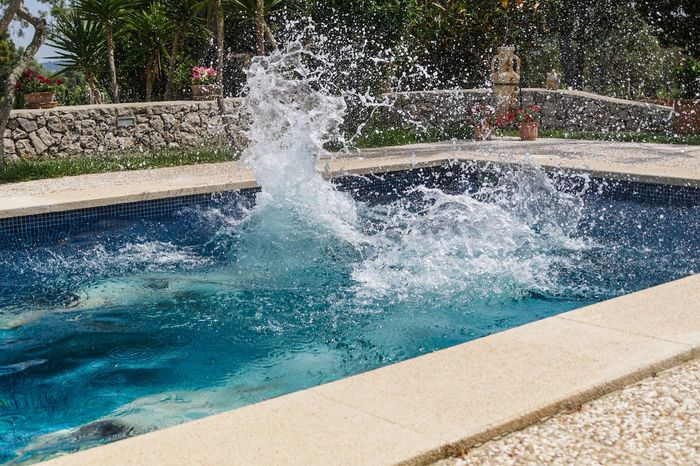 Arschbombe Blue Flowing Flowing Water Focus On Foreground Fountain Fun Jump Jumping Motion No People Plant Pool Purity Spaß Splashing Spraying Spritzen Swimming Swimming Pool Urlaub Water Inner Power