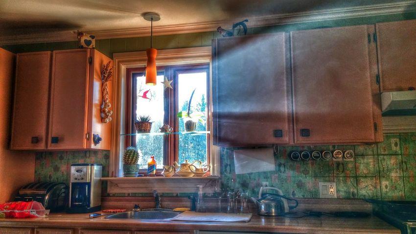 Window Indoors  No People Breakfast Time Goodmorning :) Creative Light And Shadow Sun Coming Through Window Artistic Morning Light Enjoying Life Smartphonephotography