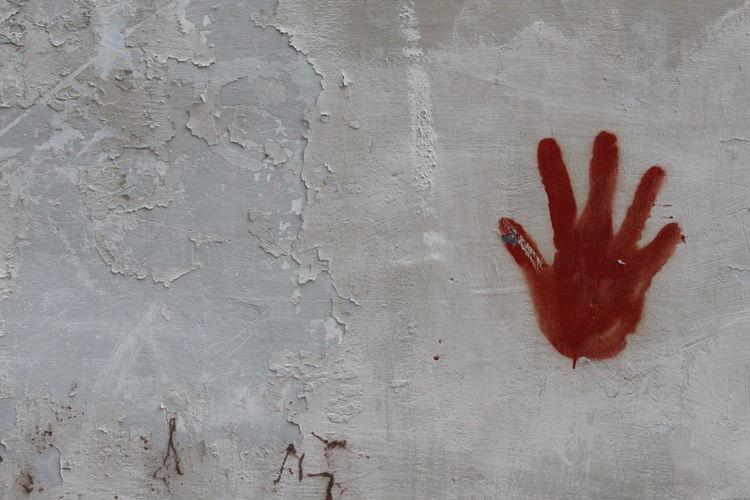 Art On The Wall Backrounds Close-up Cover Hand On The Wall Handart Handprint Handprint On Wall Happiness Human Body Part Human Hand Red Hand Red Handprint Streetart Urban Art Urban Art By JUNIQE Wall Wall Painting Wallart Wallart, Art, Culture, Mycity, Streetart, Graffiti