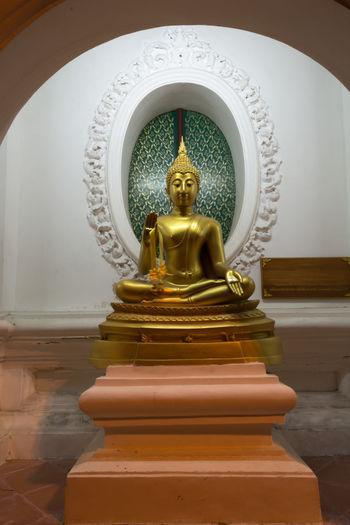 Day Human Representation Idol Indoors  Low Angle View No People Place Of Worship Religion Sculpture Spirituality Statue Thailand Nakhon Pathom Old Buddha Statue Site Down Buddha Travel Large Group Of People Old Buddha Buddha Buddha Status Sitedown Gold Colored Close-up Gold Yellow Store