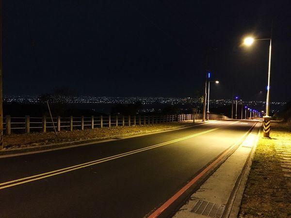 Night Illuminated Road No People Streetlight Citylights Travel Blue Road EyeEm Best Edits EyeEm Gallery EyeEm Best Shots Midnight Beautiful Outdoors The Way Forward Taiwan Taichung Photography Photo Photo Of The Dayy