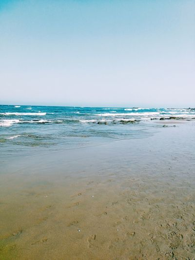 Beach Sea Sand Vacations Tranquility Horizon Over Water Sunny Tranquil Scene Scenics Travel Destinations Water Wave Sky Outdoors Blue Beauty In Nature Tide Day No People Nature Euskadi