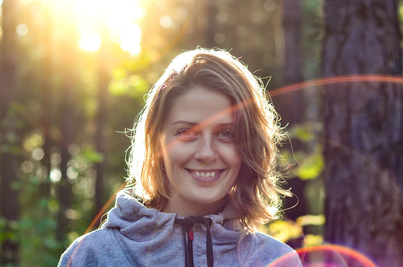 Beautiful Woman Emotion Focus On Foreground Front View Hair Hairstyle Happiness Headshot Leisure Activity Lifestyles Looking At Camera Nature One Person Outdoors Portrait Real People Smiling Sunlight Teeth Toothy Smile Young Adult Young Women The Portraitist - 2019 EyeEm Awards The Traveler - 2019 EyeEm Awards
