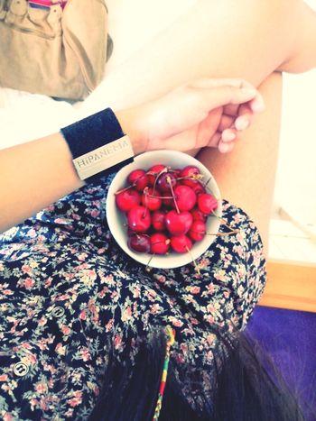 Cherries Cherries Hipanema Flower Look