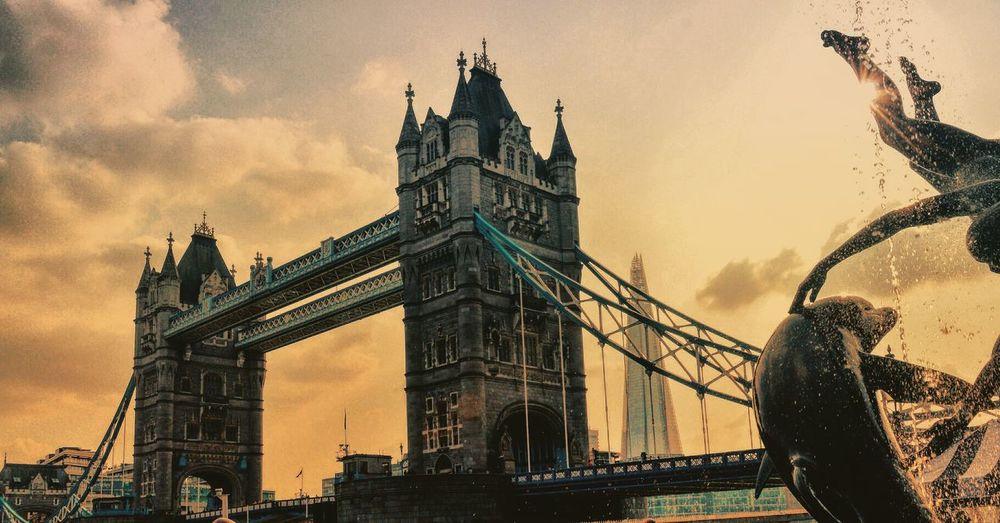 London Evening Evening Sky Architecture The Great Outdoors - 2016 EyeEm Awards The Architect - 2016 EyeEm Awards Theshardlondon Tower Bridge  Showcase June