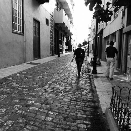 Streetpotography Streetphotographers Streetphoto Street Blackandwhite Bw Bnw Mono Nb  Igersbnw Igers Igersbw Igers_bnw Instagramers Bw_lover Monochrome Bwoftheday Blancinegre Blancoynegro Bwstyles_gf Bwbeauty Urban Noir Noiretblanc Noirlovers bws_worldwide monochrome bnw_magacine