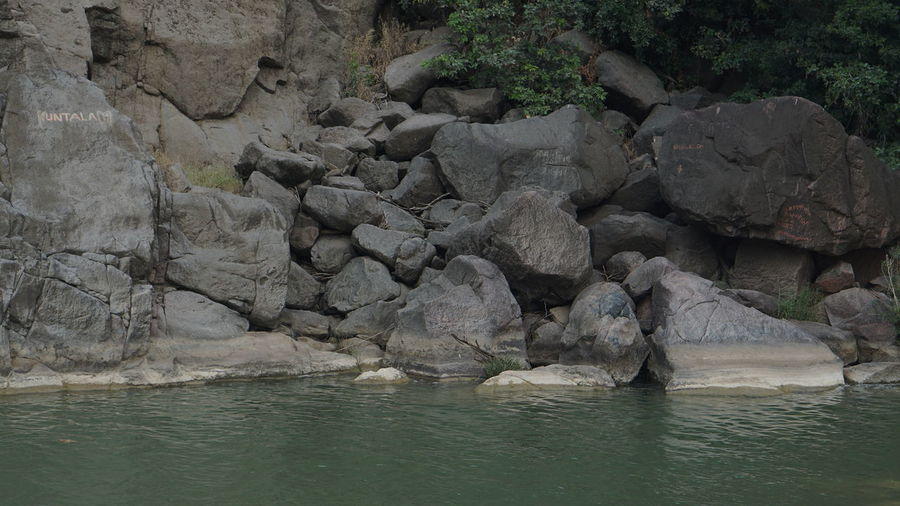 River water with Rock-shore Rock - Object Nature Beauty In Nature Water Outdoors Tranquility Beach Tranquil Scene Waterfront Day Sea No People Scenics Sky Sony Alpha Photography Sony A6000 Nwin Photography Water And Rocks River Photography River Beauty In Nature Beauty Everywhere Beauty Of Nature Torquisoe Green
