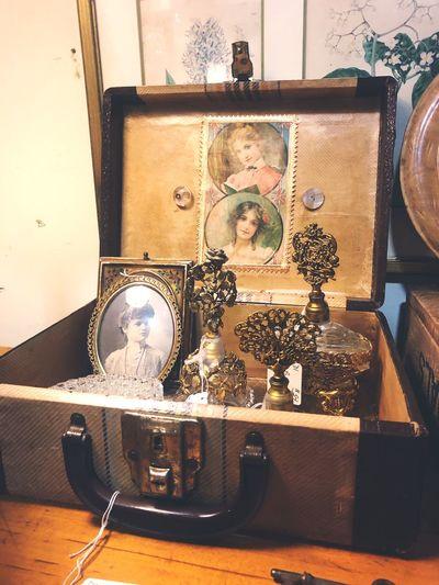 Antique Photography Picture Suitcase Antique Antique Shop