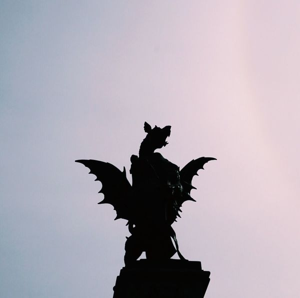 Statue Sculpture Low Angle View Animal Representation Art And Craft Silhouette Sky Outdoors Clear Sky Architecture Day No People Crown Built Structure London Dragon