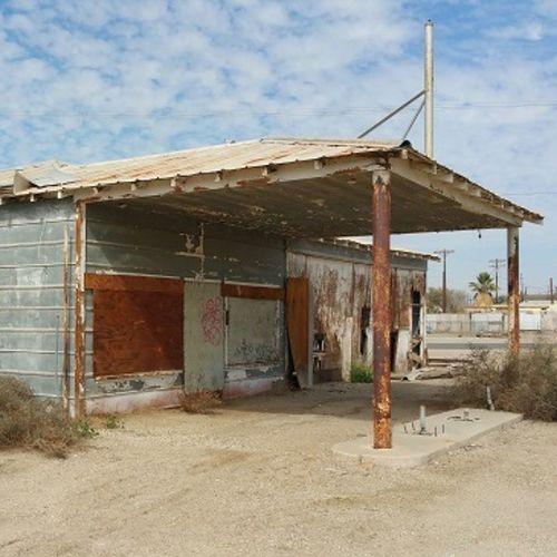 Gas station in Niland Urbanexploration Urbex Saltonsea Abandoned Abandonedbuilding