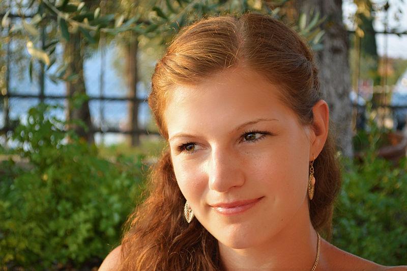 Young Girl Gardasee,Italien Sun Goes Do