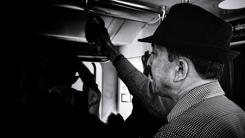 Streetphotography Streetphoto_bw Streetphotography_bw Photos People Gentleman  Gentlemanstyle Personality  Real People Blackandwhite Blackandwhite Photography Photooftheday Photooftheweek Mobilephotography