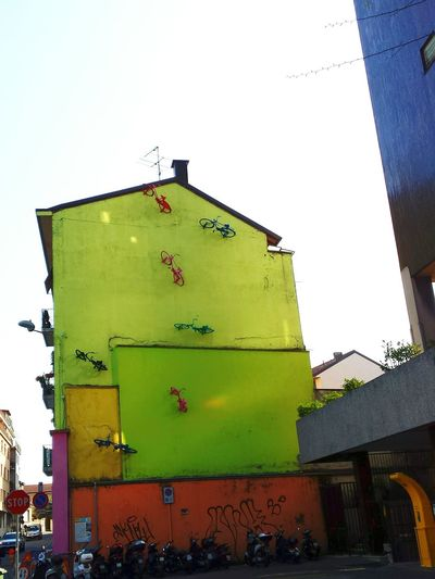 Amazing Architecture Bikes on a Wall Streetart Colours Streetphotography Taking Photos On Your Bike Quiver Corner Q Q