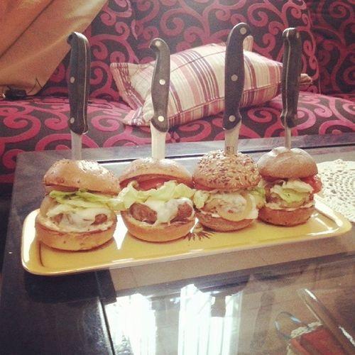 Burger Beefburger Burger_dyeri Instafood Food Foodporn Ramadhan Ramadan  Cheese CheeseBurger Instaburger Homemade Home Tunisia