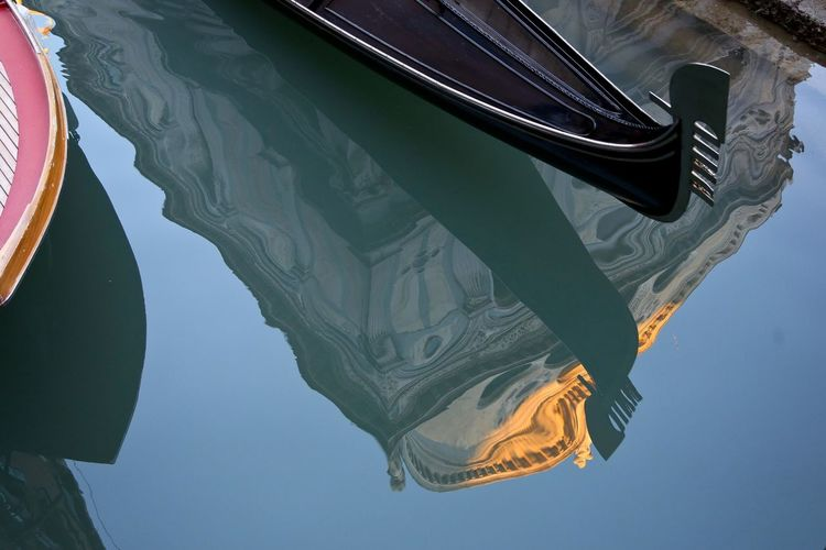 Venezia Venice Gondola - Traditional Boat Boat Water Water Reflections Reflection Neighborhood Map The Architect - 2017 EyeEm Awards