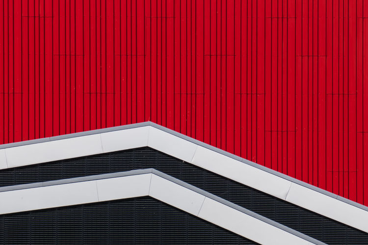 Stripes Architecture Backgrounds Black Building Building Exterior Built Structure Closed Corrugated Day Full Frame Metal No People Outdoors Pattern Red Sunlight Wall - Building Feature White White Color