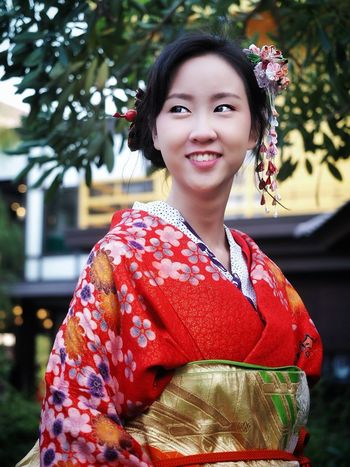 beautiful woman with traditional kimono dress smilling One Person Japanese Culture Kimono Smiling Woman Woman Portrait Portrait Of A Woman Japan Tourist Attractions Japan Touch Japanese Temple Travel In Japan Beautiful Woman Portrait Only Women Traditional Clothing Adult Adults Only One Woman Only