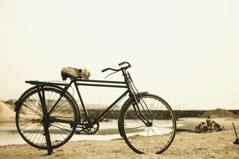 Poor man's Ferrari 😍 Transportation Bicycle Land Vehicle Mode Of Transport Stationary Parked Cycle Water Day No People Drastic Edit Tadaa Community Chennai Shore Life Is A Beach Beachphotography Focus On Foreground Tamilnadu Outdoors Vintage Old Life Vehicle Selective Focus Taking Photos