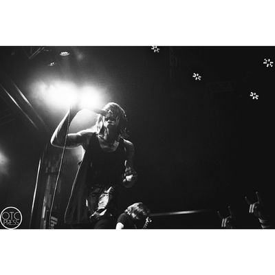 """Third time shooting Blessthefall this year, prior being two dates of warped tour. Props to all the stage divers, always a good time seeing these guys. Still waiting on my replacement camera, this one is so difficult to work with but its getting the job done..""""its not the camera its the photographer"""" #blessthefall #btf #theobservatory #santaana #galaxy #theater #beau #bokan #714 #orangecounty #oc #canon #teamcanon"""